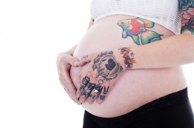 Is it possible to tattoo over stretch marks?